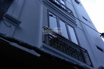 Chính chủ cần bán nhà phố Giải Phóng, 41m2, 5 tầng, 3 phòng ngủ. Anh Hùng: 0968932199