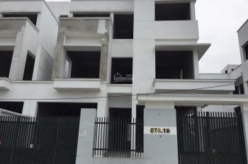 Cho thuê 2 lô biệt thự liền kề cạnh nhau, dự án 35 Lê Văn Thiêm, DT: 280m2, mặt tiền 12m