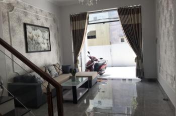 Cần tiền bán căn nhà tâm huyết cách MT Nguyễn Oanh 30m DT 5x20m trệt 2 lầu, hẻm 12m. Giá 6.9 tỷ TL