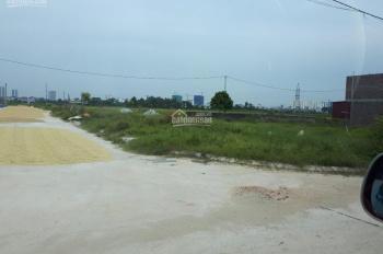 Chính chủ bán đất mặt đường trục chính đi vào xã Quế Tân