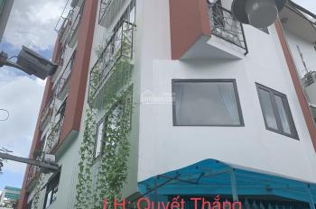 Bán tòa nhà căn hộ dịch vụ đường Hoàng Sa, Q. 3 DT: 4.2x15.5m, nhà 4L, 12 căn hộ, HĐ thuê 85tr/ th