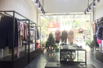 Cho thuê cửa hàng mặt phố Ngô Thì Nhậm: DTSD 90m; mặt tiền 5m, riêng biệt. LH 0936030855