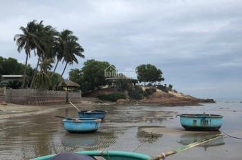 Cần tiền bán gấp căn nhà vị trí đẹp, trước mặt là biển du lịch với giá rẻ