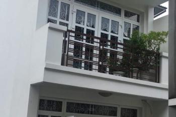 Định cư, chính chủ cần bán nhà tại HXH 136 Trần Quang Diệu, P. 14, Q. 3, TP. HCM. Sổ hồng chính chủ
