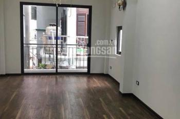 Cho thuê nhà riêng 6 tầng, thông sàn 50m2 tại đường Trần Quốc Hoàn, TT ĐHSP, Cầu Giấy giá 18 triệu