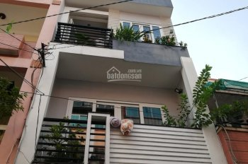 Bán nhà mặt tiền Lê Hồng Phong, P10, Q10. Vị trí cực kì đắc địa. 3,6x16. Trệt 3 Lầu. LH: 0938129186