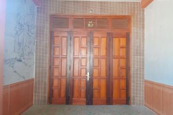 Bán nhà Kiệt Phạm Như Xương, Có sổ đỏ , giá 144m2=18,tr/m2. Nhà cấp 4 mê lững, kiên cố.