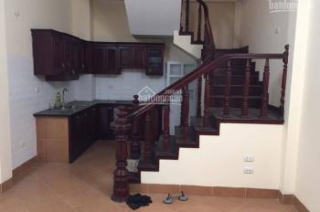 Giá không thể tốt hơn, bán gấp nhà tại phố Hoàng Hoa Thám 38.2m2 x 5T, MT 4m chỉ 3.6 tỷ