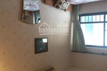 Cho thuê căn hộ chung cư 15 - 17 Ngọc Khánh đủ đồ giá rẻ