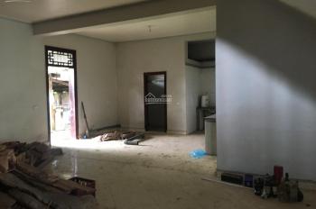 Cần bán nhà 3 tầng, 246m2, mặt phố TT trấn Chũ, Lục Ngạn, Bắc Giang, sổ đỏ