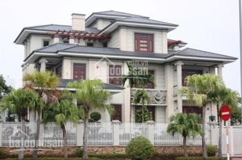 Xuất cảnh bán gấp biệt thự mặt tiền hẻm Tú Xương, Quận 3, DT: 20x23m, trệt 2 lầu mới, giá 79 tỷ TL