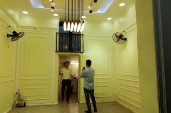 THỜI TRANG CAO CẤP... Cho thuê nhà MP Ngô Thì Nhậm. Nhà Đẹp đã sửa chữa long lanh , nhận nhà ngay