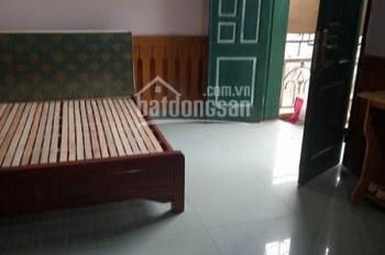 Cho thuê chung cư mini DT 25m2, bếp, điều hòa, giường, tủ, ban công thoáng, giá 3,3 tr/tháng