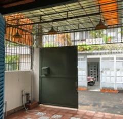 Nhà bán gấp, giá cực tốt khu trung tâm quận Bình Thạnh (đường Nguyễn Huy Tưởng, P. 6, Q. BT)