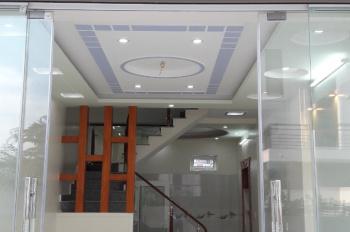 Chính chủ bán nhà 3 tầng, DT 46m2 gần UBND quận Hải An. LH: 0989640418