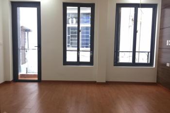 Bán nhà Vũ Trọng Phụng, Thanh Xuân,45m, 5 tầng,6 phòng ngủ,ngõ thông gần đường to.LH:0981978529