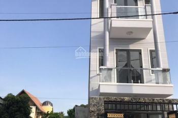 Bán nhà 1 trệt 2 lầu khu Samsung Town Nguyễn Duy Trinh, Q9