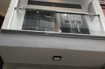 Bán nhà hẻm 4m Nguyễn Đình Chiểu,p5,Q3. .DT: 30m2.Giá: 4.6 tỷ