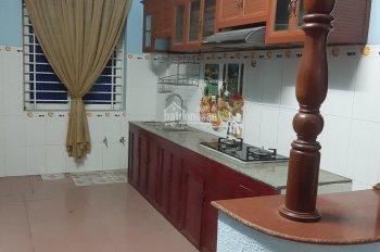 Cho thuê nhà 1 trệt 2 lầu KDC Phú Hòa 1, gồm 4PN, 4WC, giá 12tr/tháng, LH 0915.31.6989