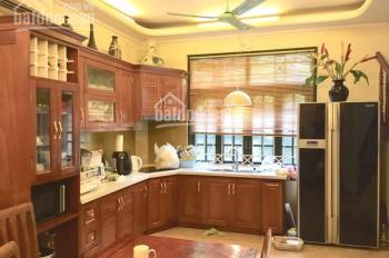 Căn nhà mặt tiền 10,1m đẹp nhất quận Tây Hồ, giá chỉ 12.7 tỷ, căn biệt thự nhỏ xinh