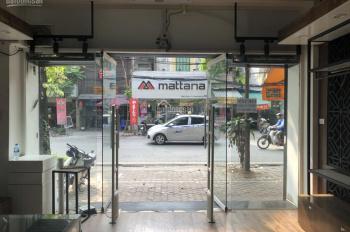 Cho thuê cửa hàng mặt phố Hàng Bài: Diện tích 30m; mặt tiền 5.5m, vị trí đắc địa. Lh 0936030855