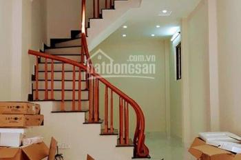 Bán nhà phố Lê Thanh Nghị,  Hai Bà Trưng, 46m2, 5 tầng, giá 4.2  tỷ. Lh 0942226104.