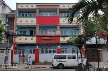 Cho thuê nhà nguyên căn, phù hợp làm văn phòng, mở trung tâm dạy học, 35 triệu/tháng, LH 0901336399