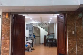 Cho thuê nhà mặt tiền Sư Vạn Hạnh ( nối dài), dt 4.5 x 19m Quận 10 gần Vạn Hạnh Mall (Giá 150tr/th)