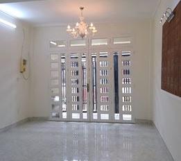 Cần tiền bán nhà còn mới vào ở ngay trên Nguyễn Ảnh Thủ, DT 4x11m (44m2) giá 762tr. LH: 0823753423