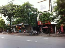 Bán nhà mặt phố Trần Xuân Soạn, dt 54m2, mt 5,1m, nở hậu