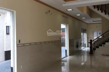 Cho thuê tầng trệt Center Hill Trần Thị Nghỉ vị trí thuận lợi spa, cửa hàng, LH 0945963501 Trang