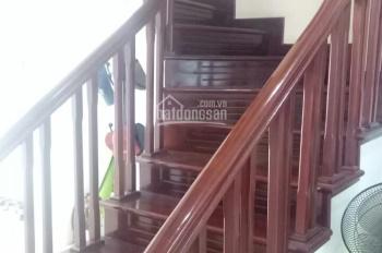 Cho thuê nhà lô góc, mặt tiền 25m tại Hoàng Ngân. 0972075383