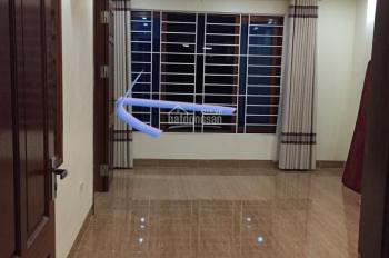 Cho thuê nhà riêng mới đẹp thang máy, ĐH. Hoa Bằng, Yên Hòa, Cầu Giấy. DT 55m x6,5t. Giá 25tr/th.
