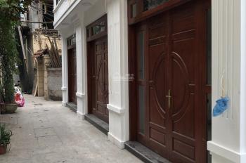 Bán nhà Nguyễn Văn Cừ 32m x 4,5 tầng,Full nội thất cơ bản,3PN,4VS,Ngõ thông xe máy tránh nhau