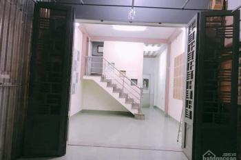Cho thuê nhà 1 trệt 2 lầu.4 phòng ngủ. giá 12tr/th KDC Phú Hoà 1, Thủ Dầu Một. Nội thất như hình