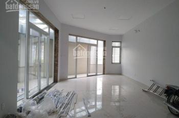 Cho thuê sàn văn phòng gần hầm Thủ Thiêm 80m2 giá 30tr  Lh 0901243011