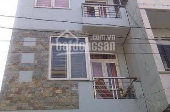 Bán nhà HXH 8m đường Nguyễn Xí, Bình Thạnh. DT: 4.5x15m, 3 lầu. Gía chỉ: 7.2 tỷ; HĐT: 18 triệu/th