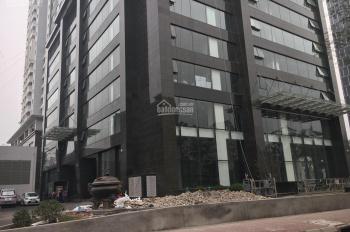 Cho thuê mặt bằng kinh doanh tầng 1 tại Láng Hạ, gần 190 m2, lô góc, mặt tiền cực đẹp
