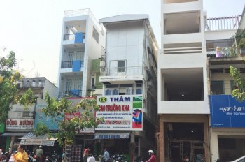 Chính chủ bán nhà MT Lý Thái Tổ, P9 cạnh bên Sư Vạn Hạnh, DT 70m2, trệt 2 lầu, HĐT tốt giá rẻ