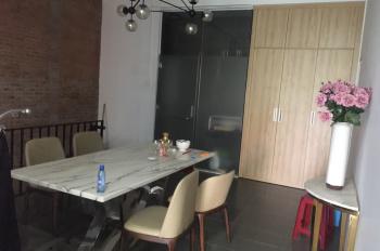 Cần bán nhà chính chủ nhà đẹp 2 mặt tiền ngay trung tâm thành phố Đà Nẵng, LH: 0911336357