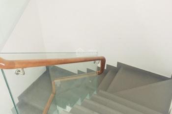 Tôi chính chủ cần cho thuê gấp nhà mặt tiền Nguyễn Đình Chiểu, Q. 1, DT 4.2x16m, 5 lầu, 95tr/th