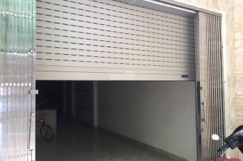 Bán nhà trong ngõ Hoàng Quốc Việt, 42.4m2 x 5 tầng, nở hậu giá hợp lý. LH 0925048888 26/7/2019