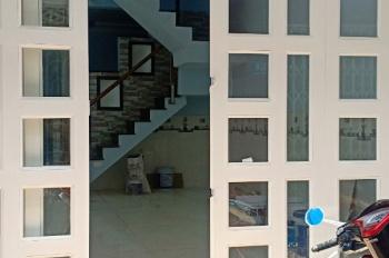 Bán nhà 4x11m, đường Phú Định, phường 16, quận 8, có sổ hồng riêng, LH 0902382018
