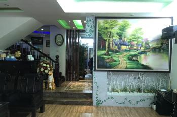 Cho thuê biệt thự làm văn phòng công ty hoặc để ở - DT 200m2 - Giá thuê 35tr/tháng - LH 0985511456