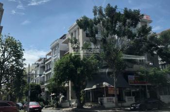 Cần cho thuê căn góc Bùi Bằng Đoàn Phú Mỹ Hưng, Quận 7, giá thuê: 196,69 triệu. LH: 0907894503
