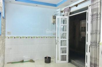 HHMG - Cho thuê nhà sau căn mặt tiền đường Tôn Đản, Phường 14, Quận 4. Ngang 3,5m, dài 10m, nở hậu
