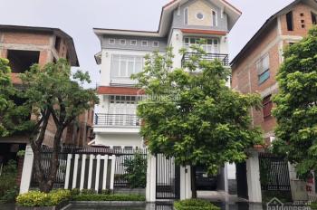 Cho thuê biệt thự khu đô thị Việt Hưng đẹp lung linh 230m2, phù hợp là văn phòng, LH 0834888865