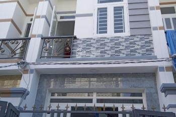 Do tính chất công việc vợ chồng tôi bán rẻ căn nhà, giá rẻ 1 tỷ 520 triệu. LH: 0931336892