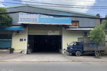 Bán xưởng mặt tiền đường Cầu Xéo, P Tân Quý, Q Tân Phú, DT 32x34m, TDT 1076m2, đất thổ cư giá 100tỷ