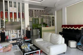 Chính chủ cho thuê nhà riêng 5 tầng mặt hồ Bồ Đề, 2 mặt thoáng, gồm 5 phòng ngủ tại Long Biên